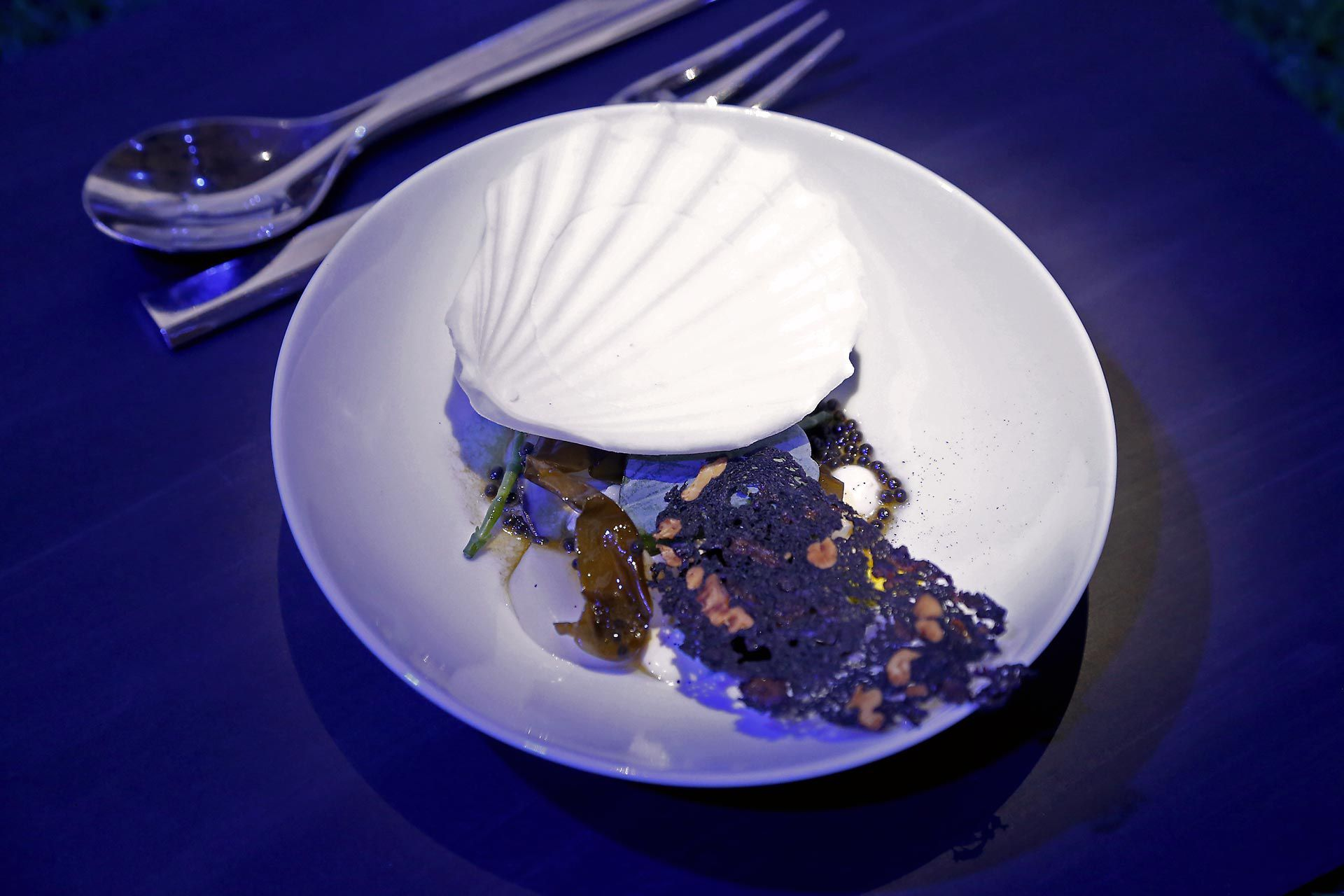 A BIRD, A SEA, A JOURNEY - Tea-weed oyster & Scallops melba, Lemon sea sorbet