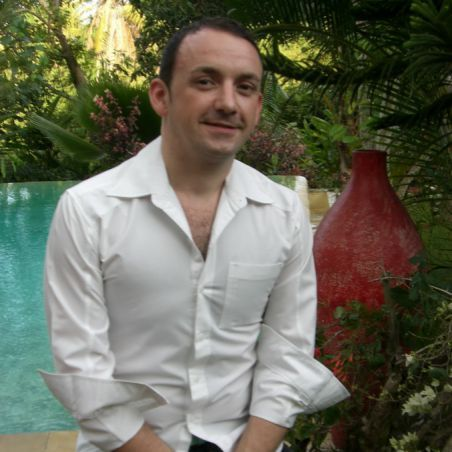 Stéphane Junca, an Entertainment talent for France 300
