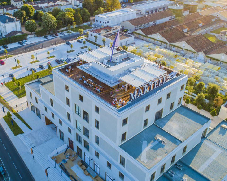 Homepage - Découvrez Indigo by Martell, notre bar rooftop au coeur de la ville de Cognac