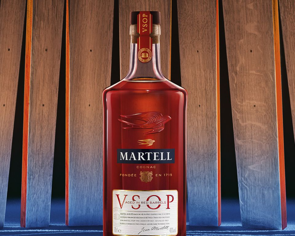 VSOP Aged in Red Barrels - TRUE ELEGANCE LIES IN PERFECT BALANCE