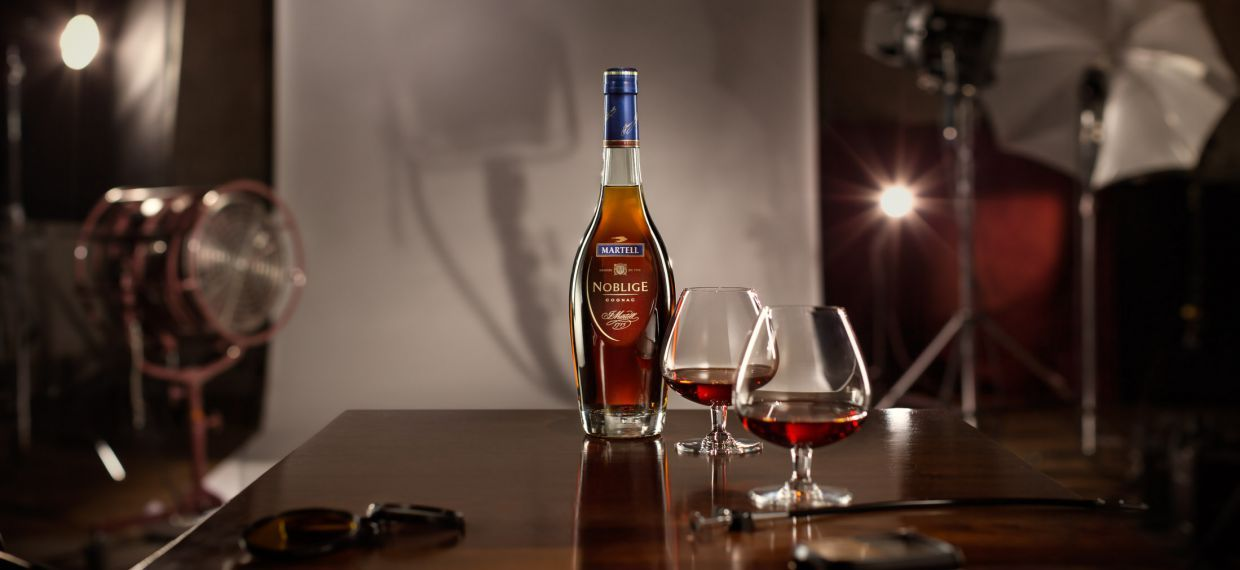 Martell Cognac Noblige - Beauty shot 2014