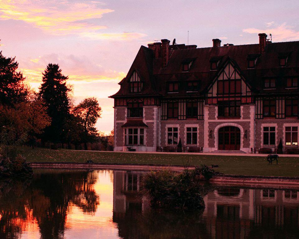 martell cognac house
