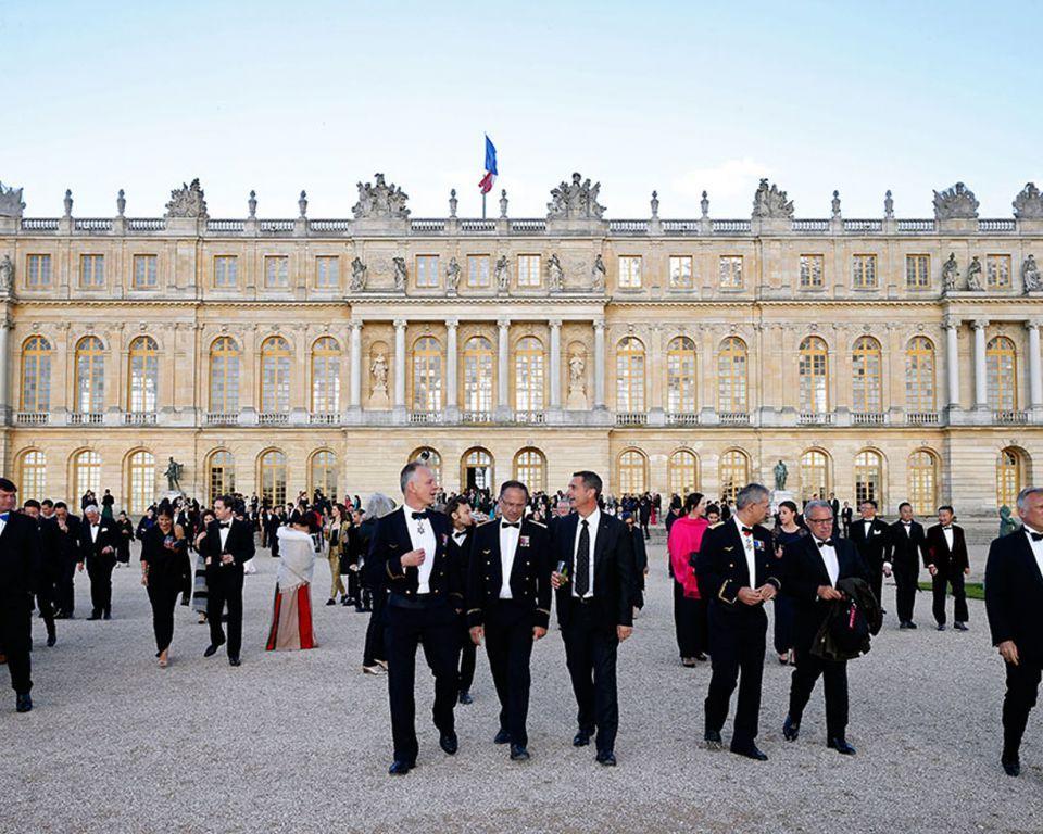 貴賓於凡爾賽宮參與馬爹利300週年慶典