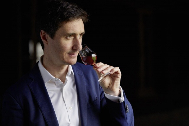 精湛工藝 CHRISTOPHE VALTAUD, CELLAR MASTER OF THE HOUSE OF MARTELL