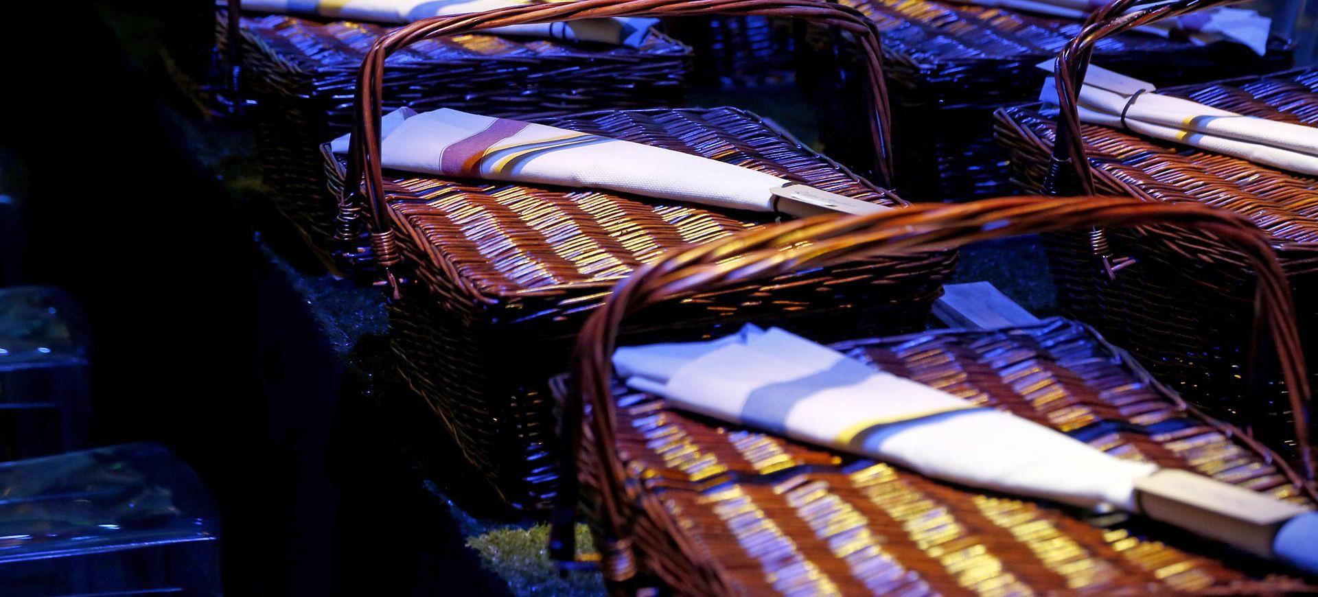 保羅•派里(Paul Pairet)透過一套由七道菜餚組成的豐富晚餐,為大家帶來多重感官體驗,並展現他對法式生活藝術的理解。  相片來源:蓋帝圖像(Getty Images)為馬爹利干邑拍攝