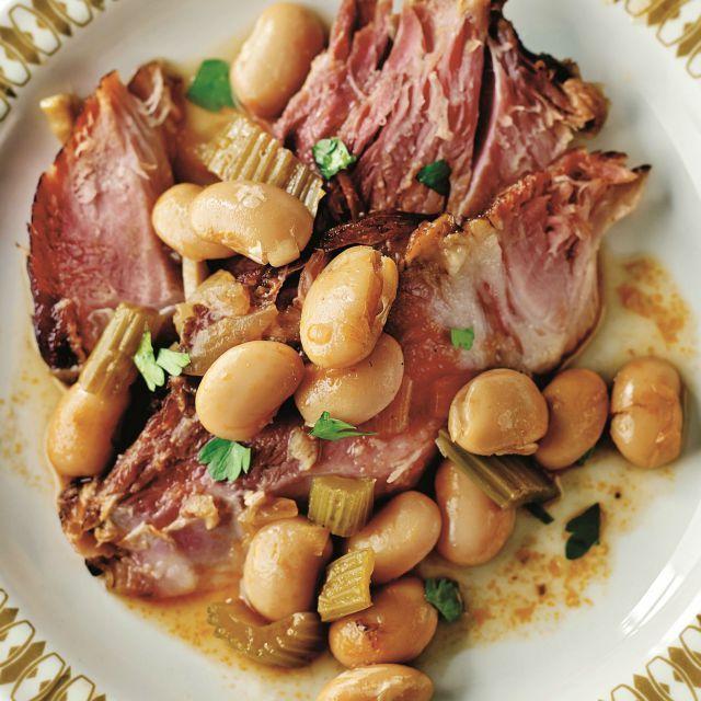 Ham hock, beans and cider