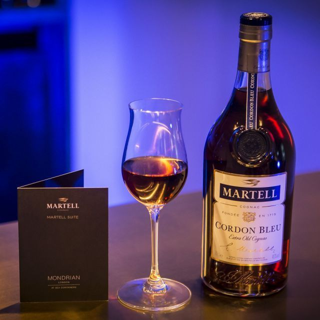 THE MARTELL SUITE AT MONDRIAN SEA CONTAINERS Martell Suite at Mondrian