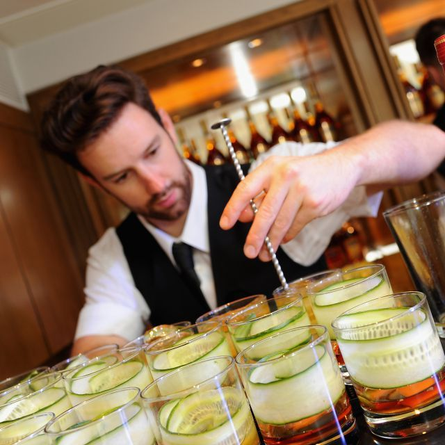 The Art of Mixing: A Guide to making cognac Cocktails