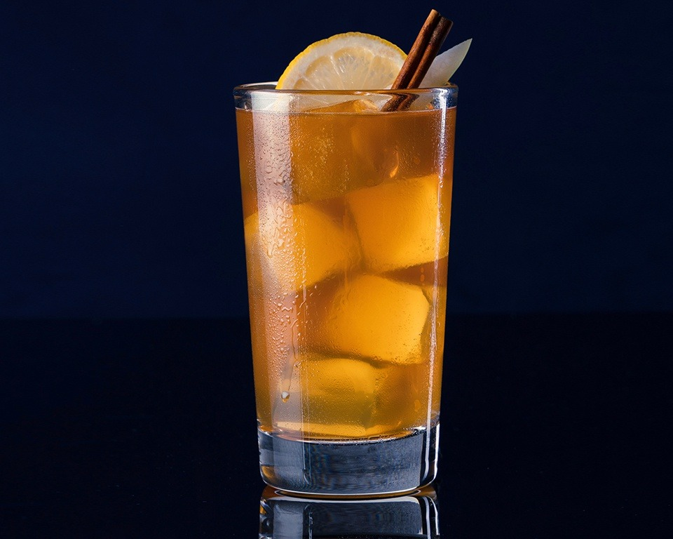Fish House Punch - Cocktail