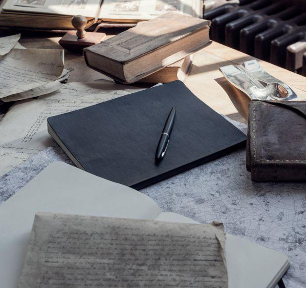 CUỘC HÀNH TRÌNH CHỈ MỚI BẮT ĐẦU Với quá nhiều điều để chia sẻ trong lễ kỷ niệm 300 năm ra đời Nhà Sản Xuất Rượu này, hãy đăng ký để giữ liên lạc và là người đầu tiên biết những tin tức mới nhất về Martell.