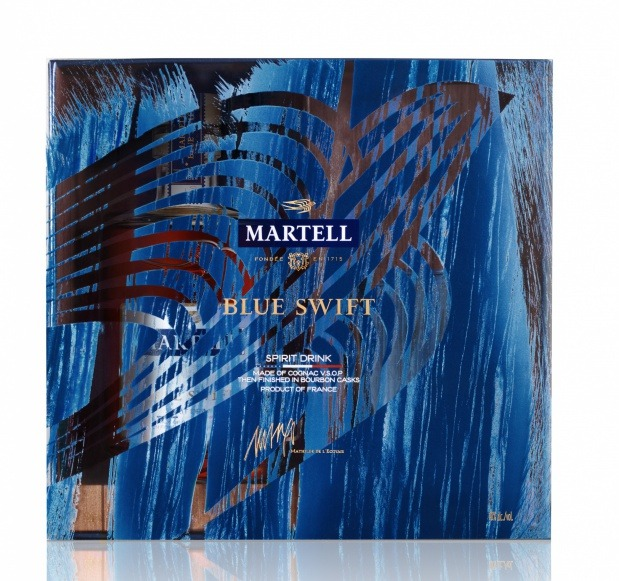 MARTELL BLUE SWIFT LIMITED EDITION The first ever spirit drink made with Cognac VSOP, then finished in bourbon cask