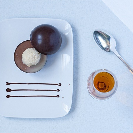 Food Pairing Surprise chocolate sphere