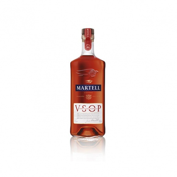 MARTELL V.S.O.P. AGED IN RED BARRELS Cognac 700ml bottle